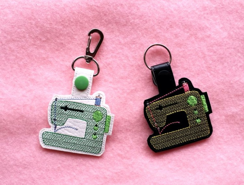 Ith Sewing Machine Vinyl Key Fob Or Bag Tag Snap Tab